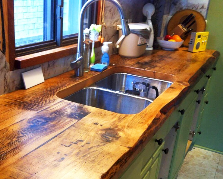 Kitchen Sink Embedded in Wood