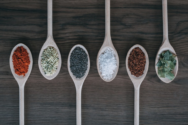 different types of spoons