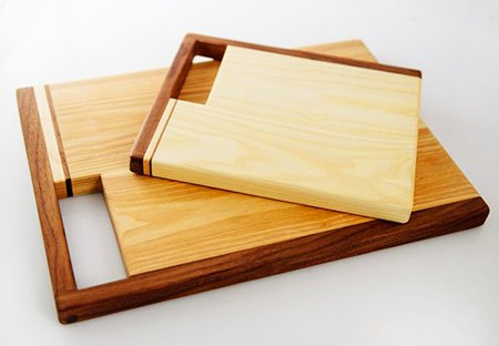 cutting boards with handles built in