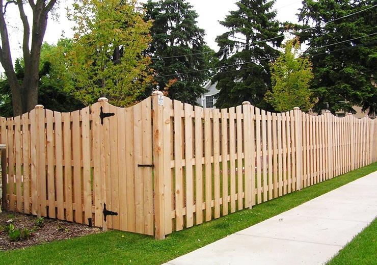 shadow box fence with dog ear
