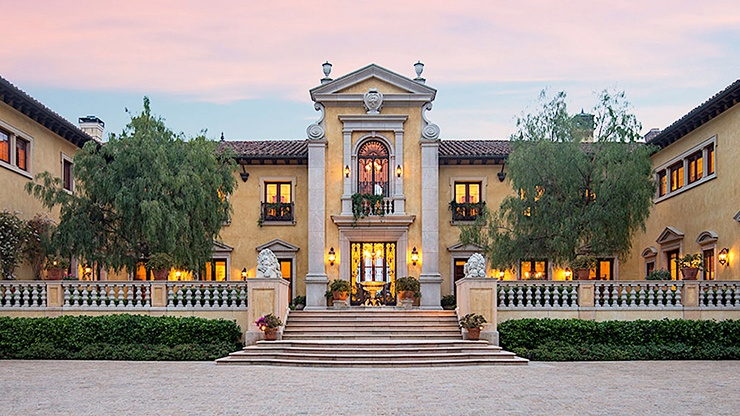 villa firenze mega mansion