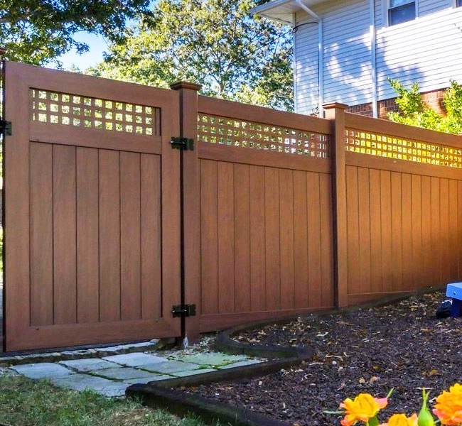 wood grain vinyl privacy fence