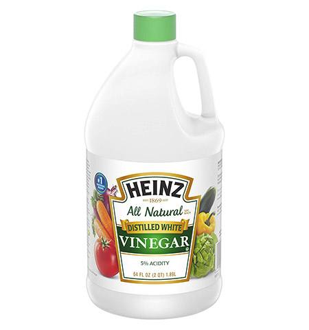 distilled white vinegar as a substitute for laundry detergent