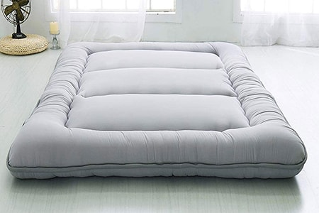 futon mats are non-traditional beds and perfect alternatives to mattresses used largely in Japan