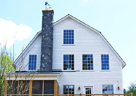 gambrel roof advantages and disadvantages