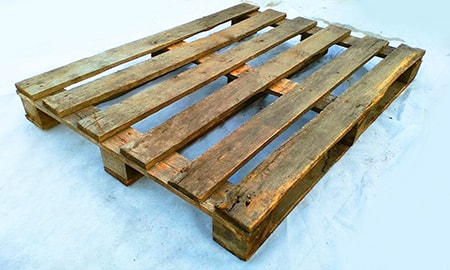 if you want to know how to make adirondack chairs out of pallets, you have to have at least 4 pallets