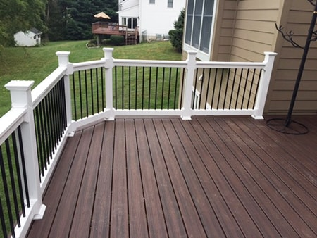 vinyl decking is the best of the cheap decking alternatives