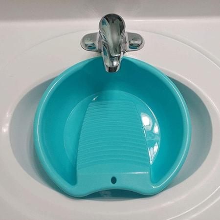 washboard basin as a washing machine alternative