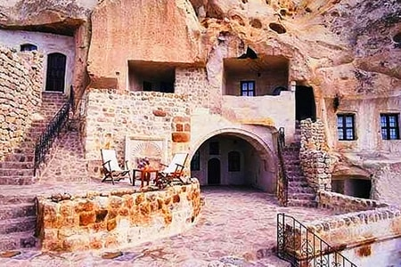 underground homes can be built in caves and cliffs