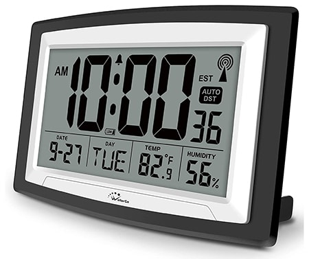 atomic clocks are the main clock types used by scientists and the government to keep track of official time