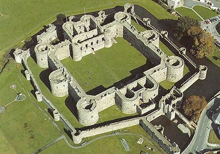 concentric castles were a medieval castle layout with several layers of defense