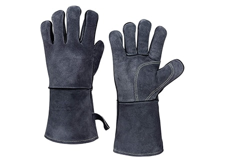 fire-proof or heat-resistant gloves